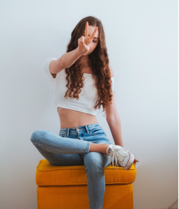 Cute Crop Top Outfit Ideas You Can Try
